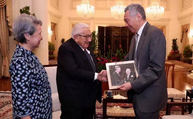 新加坡总理召见美国前国务卿基辛格