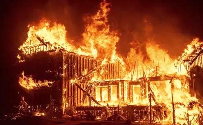 去往加州的洛杉矶、旧金山等港居民房屋被烧毁