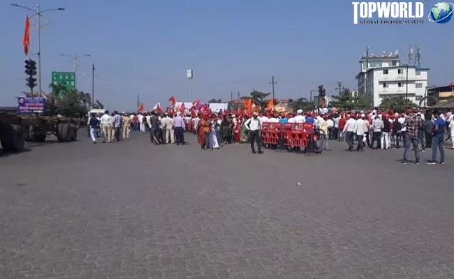 罢工抗议者在示威游行